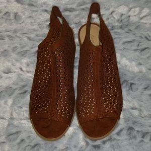 Size 7 America Eagle Chunky Heels